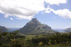 Moorea, Tahiti    Photographer: Eric Arnold