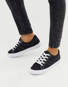 Page 2 - Discover women's sneakers and sneakers with ASOS. From sneakers to plimsolls and retro styles, ASOS offers a great alternative to a smart pair of shoes. Flatform Sneakers, Knit Sneakers, Chunky Sneakers, Plimsolls, Classic Sneakers, Vans Sneakers, Leather Sneakers, Hidden Wedge Sneakers, High Top Sneakers