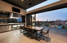 Die Spektakuläre Cubo Penthouse Wohnung, Entworfen Von JAM Architects  Befindet Sich In Der Straße Coppin, Melbourbe, Victoria, Australien Und