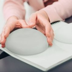 Concerns over breast implants have been rising, especially since reports confirm… – Bloğ Breast Implant Illness, Swollen Lymph Nodes, Swine Flu, Flu Symptoms, Types Of Cancers, No Response, Link, Food, Products