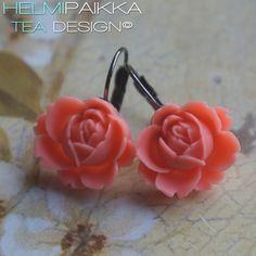 Korallinväriset ruusukorvikset