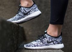 new style 26e24 96826 Nike wmns Juvenate Print