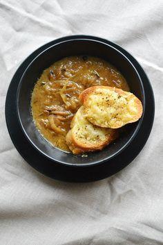 zupa cebulowa.