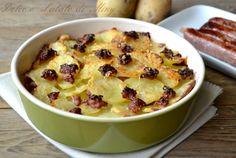 Patate Pasticciate, semplici sfoglie di patate con salsiccia