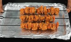 Restaurant Style Chicken Tikka Masala recipe in Hindi [Step By Step With Photo] Tamarind Date Chutney, Chicken Tikka Masala, Fish Curry, Masala Recipe, Food Names, Boneless Chicken, Garam Masala, Curry Recipes, Restaurant