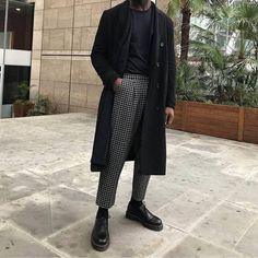 40 Magnificient Men Fashion Ideas To Look Elegant - Although most of us are . - 40 Magnificient Men Fashion Ideas To Look Elegant – Although most of us as men seem to be careles - Look Fashion, Winter Fashion, Fashion Outfits, Fashion Ideas, Mens Grunge Fashion, Fashion Styles, Street Fashion, Cool Mens Fashion, Men Fashion Casual