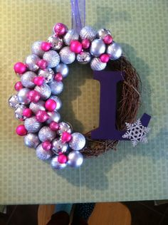 After Thanksgiving dinner the boys went for a dirt bike ride and the girls had craft time. We got our inspiration from this picture , and j. Ornament Wreath, Wreaths, Basket Ideas, Christmas, Thanksgiving, Crafts, Inspiration, Bike, Holidays