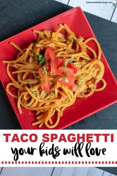 This taco spaghetti is easy to make and kids will love it. Packed with flavor and cheese it is an easy family-friendly meal idea. #taco #spaghetti #familyfriendlyrecipes #easydinnerrecipe #tacospaghetti #foodkidslike