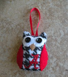 Alabama Owl Ornament -- can totally make this Baker Owl Ornament, Felt Ornaments, Christmas On A Budget, Christmas Time, Alabama Christmas Ornaments, Alabama Football, Alabama Crimson Tide, Roll Tide, School Spirit