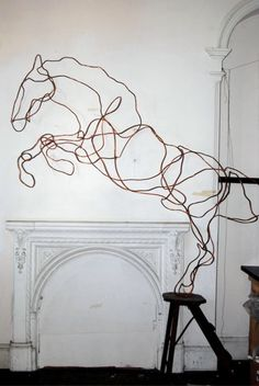 Wired sculpture #art #sculpture pls visit us > www.facebook.com/skalapeter7 ♡