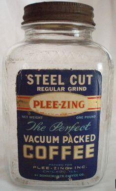 Antique Glass Bottles, Vintage Packaging, Old Ads, Bottles And Jars, Vintage Coffee, Coffee Cans, Vases, Canning, Food