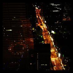#Tokyo as seen from a restaurant on floor 60 of a skyskraper in the Shinjuku neighborhood. © Marjan Ippel