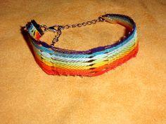 Stoffarmbänder - MärzErwachen - Geklöppeltes Armband Regenbogen - ein Designerstück von Kreative-Kloeppelideen bei DaWanda