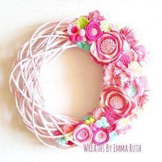 "Made for a customer, ""Lilly"" inspired :) Felt Flower Wreaths, Felt Wreath, Wreaths And Garlands, Felt Flowers, Door Wreaths, Grapevine Wreath, Paper Flowers, Floral Wreath, Flower Artists"