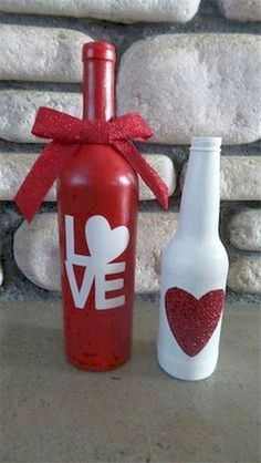 Valentines wine bottle crafts - 150 Sweet & Romantic Valentine's Home Decorations That Are Really Easy To Do – Valentines wine bottle crafts Glass Bottle Crafts, Wine Bottle Art, Painted Wine Bottles, Diy Bottle, Glass Bottles, Beer Bottle, Wine Glass, Valentines Day Wine, Valentines Day Decorations