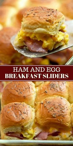 breakfast desayunos Ham Egg and Cheese Breakfast Sliders with your favorite breakfast fixings, Hawaiian rolls, and a delicious Dijon poppyseed glaze. Theyre easy to make and can be prepped ahead. Perfect for brunch or game day! Breakfast Slider, Breakfast Desayunos, Make Ahead Breakfast, Breakfast Dishes, Breakfast Tailgate Food, Easy Breakfast Ideas, Make Ahead Brunch Recipes, Breakfast Sandwich Recipes, Egg Dishes For Brunch