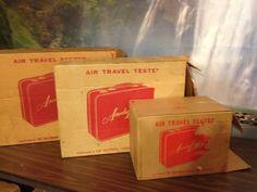 Lot # : 54 - Vintage Red Amelia Earhart Traincase