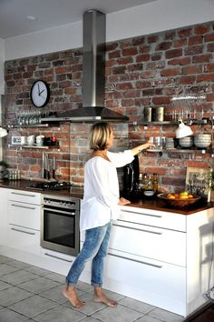 Industrial Kitchen Design, Kitchen Room Design, Modern Kitchen Design, Living Room Kitchen, Home Decor Kitchen, Rustic Kitchen, Interior Design Kitchen, Home Kitchens, Brick Wall Kitchen