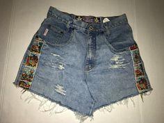 "28"" Vintage High Waisted Shorts Disney"