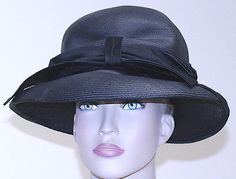 "WOMEN'S HAT JAN LESLIE tightly weaved STRAW BRIM WIDE BOW BLK 21"" circumference"