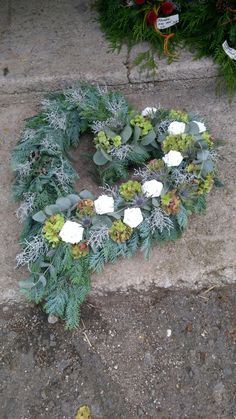 Front Door Accessories, Flower Shop Interiors, Succulents, Centerpieces, Projects To Try, Wreaths, Rustic, Flowers, Plants
