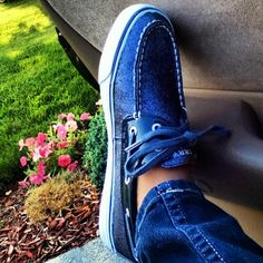 @jasminesangster  My shoe game >> yours #sperrys #blue #sparkle