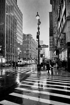 West 32nd Street (looking south on Broadway) in the rain