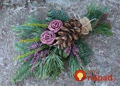 Small bouquet for the grave. Christmas Flower Arrangements, Funeral Flower Arrangements, Artificial Flower Arrangements, Artificial Flowers, Floral Arrangements, Grave Flowers, Cemetery Flowers, Funeral Flowers, Christmas Tree Farm