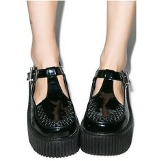 Demonia Patent T-Strap Creepers (985 ARS) ❤ liked on Polyvore featuring shoes, patent leather shoes, creeper platform shoes, t bar shoes, creeper shoes and polish shoes
