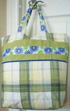 Easy Grocery Bag Shopping Tote From 2 Pillowcases : Easy Grocery Bag Shopping T. : Easy Grocery Bag Shopping Tote From 2 Pillowcases : Easy Grocery Bag Shopping Tote From 2 Pillowcases Shibori, Pillowcase Bag, Shopping Totes, Reusable Grocery Bags, Grocery Tote Bags, Market Bag, Bag Making, Making Ideas, Sewing Projects