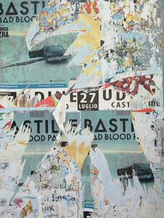 A billboard I found in Italy had the resemblance of a décollage Urban Decay Photography, London Blog, Collage Art, Art Collages, A Level Art, Contemporary Abstract Art, Book Projects, Typography Poster, Art Forms