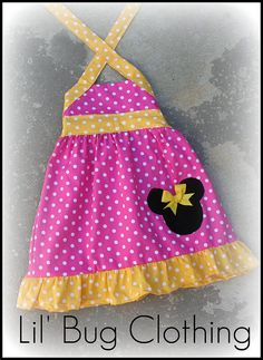 Ordered for my baby girls 1st birthday. This shop has so many cute styles of dresses. Wish I could buy more.