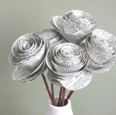 Newspaper roses, another version. #recycling #crafts #DIY