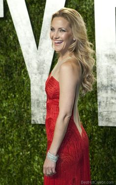 Kate Hudson Hottest Pics in Beautiful Red Dress