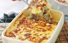 Ένα κρεμώδες, παραδοσιακό ιταλικό πιάτο στο φούρνο. Δεν είναι άλλο από τα λαζάνια! Cookbook Recipes, Cooking Recipes, Tasty Videos, Greek Recipes, Cauliflower, Recipies, Pizza, Cheese, Vegetables