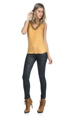Se você me disser o que está procurando posso conseguir algumas informações úteis para você   Blusa Decote Amplo Bordados  COMPRE AQUI!  http://imaginariodamulher.com.br/look/?go=2dgMJUi