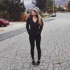 Cara Van Brocklin @caraloren Instagram photos   Websta
