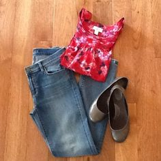 Modern Straight Leg Jeans NWT Modern straight leg jeans. Size 26/2. NWT LOFT Jeans Straight Leg