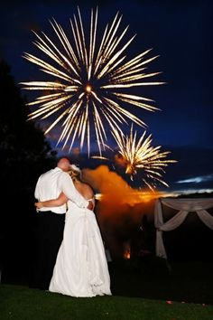 The Ottawa Wedding Planner welcomes North Star Fireworks Entertainment to our local Ottawa Wedding Directory.