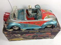 Time to Grab a New Toy Rocket Metal Toys, Tin Toys, Vintage Robots, Vintage Toys, Toy Rocket, German Toys, Space Toys, Vw Volkswagen, Toy Trucks