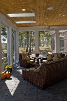 Screened Porch by Blue Sky Building Company, Shallotte, NC, US. Ullswater eclectic porch.