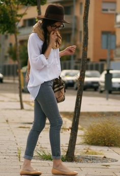 Oversize white button-up shirt, grey skinny jeans, beige scarf and ballet flats (from 16 Ways To Wear A White Shirt)