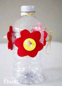 21 Ideas humming bird crafts for kids homemade hummingbird feeder Bird House Feeder, Diy Bird Feeder, Humming Bird Feeders, Homemade Hummingbird Feeder, Homemade Bird Feeders, Bird Crafts, Garden Crafts, Vbs Crafts, Diy For Kids