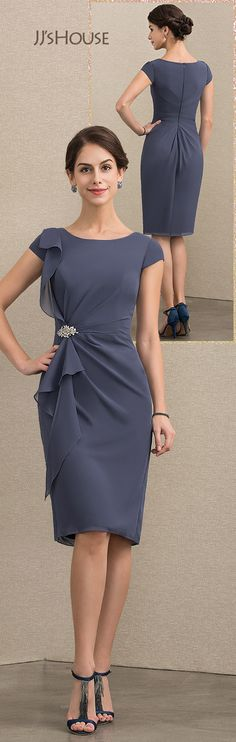 Sheath/Column Scoop Neck Knee-Length Chiffon Mother of the Bride Dress With Beading Cascading Ruffles Unique Dresses, Beautiful Dresses, Knee Length Dresses, Short Dresses, New Baby Dress, Casual Wedding Attire, Groom Dress, Couture Fashion, Mother Of The Bride
