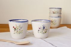 Coffe cups Wheel thrown Stoneware White and blue cups Flower bouquet - Ready to ship by BiscuitCuit on Etsy https://www.etsy.com/listing/516441288/coffe-cups-wheel-thrown-stoneware-white