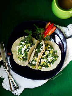 Scrambled #Eggs with Green Chorizo   | #Mexicanrecipes #chorizo