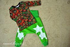 Pikkutytöille vaatteita