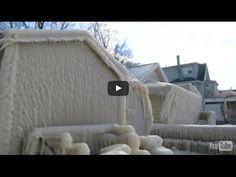 В штате Нью Йорк дом превратился в глыбу льда