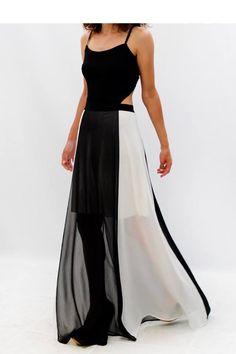 Maxi φόρεμα δίχρωμο από μουσελίνα με ανοικτή πλάτη στο www.primadonna.com.gr 118aff208f6
