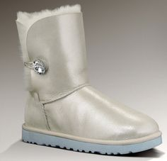 Having a winter wedding? These UGG's are perfect to get around the day of.  There's also a blue bottom for your something blue. These boots are called Bailey I Do! and retail for $190.  The jeweled Bailey Button – I Do has a genuine Swarovski crystal button adding sparkle and style to that special wedding day. This boot provides luxury bridal comfort as brides and their bridal parties pamper themselves before and after the wedding.